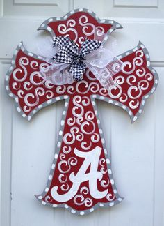 Wooden Doors: Painted wooden Cross Door Hanger with ribbon Alaba Alabama Crafts, Alabama Decor, Alabama Wreaths, Alabama Football Wreath, Texas Crafts, Painted Wooden Crosses, Wood Crosses, Crosses Decor, Wooden Letters