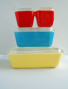 Multicolor Primary Pyrex Refrigerator Dishes by junkindatrunkgirls.