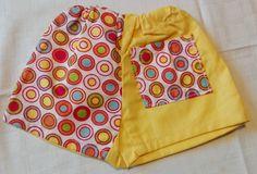 Hose gelb mit Punkten