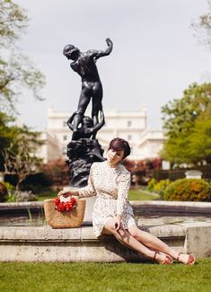 Trendsetter Tuesday: Carrie Santana da Silva (WishWishWish) Carrie, Royal Albert Hall, Making Waves, Shoulder Length, London Fashion, Pretty Dresses, Her Hair, Style Icons, Carry On