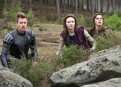 Ewan McGregor as 'Elmont', Eleanor Tomlinson as 'Princess Isabelle' and Nicholas Hoult as 'Jack' in 'Jack The Giant Slayer'  ©2011 New Line Productions, Inc. All rights reserved