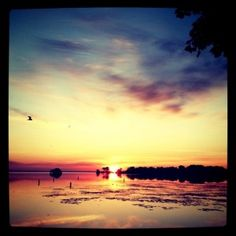 Sunrise on Lake Winnebago in the place green 3 calls home - Oshkosh b89d95d72764