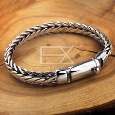 Ladies Silver Rings, Mens Silver Jewelry, Viking Bracelet, Bracelets For Men, Sterling Silver Bracelets, Silver Style, Byzantine, Bracelet Designs, Cowboy Boots