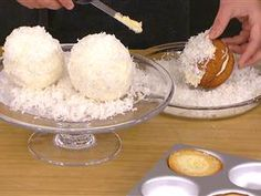 Coconut snowballs, cake http://www.today.com/id/53733100/ns/today-today_food/t/make-gesine-bullock-prados-holiday-desserts-coconut-snowballs-cake/#.Up9xRMRDvlI