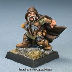Dwarf - Reaper - paint job is very cool. 28mm Miniatures, Reaper Miniatures, Fantasy Miniatures, Dungeons And Dragons Figures, Advanced Dungeons And Dragons, Miniature Bases, Miniature Figurines, Warhammer Dwarfs, Warhammer 40k