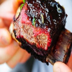 Sistem Gatire Sous-Vide, Metoda de Gatire in Vid - Amenajari HoReCa Grilled Steak Recipes, Grilled Beef, Grilling Recipes, Bbq Beef Short Ribs, Beef Ribs, Rib Recipes, Great Recipes, Favorite Recipes, Sous Vide
