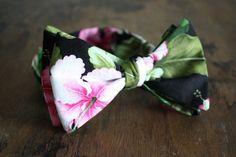 Floral Hawaiian Print Bow Tie Handmade by Lord Wallington