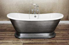 Beautiful free standing tub!
