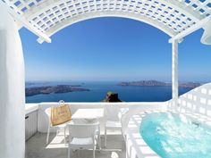 Yes, this is definitely a tantalizing private retreat! Join us at Tholos Resort for special Santorini moments! More at tholosresort.gr