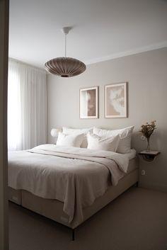 Bedroom Inspo, Home Decor Bedroom, Bedroom Inspiration, Minimalist Room, Scandinavian Bedroom, Aesthetic Rooms, Luxurious Bedrooms, New Room, Dream Bedroom