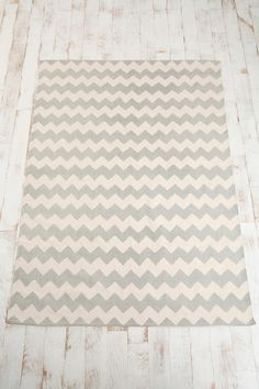Grey chevron zigzag printed rug @Urban Outfitters $39-74, depending on size. Available 3 x 4 and 5 x 7. Finally! An affordable, decent-looking rug that I have a chance at being able to get!