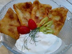 Zsírban sült krumplis pogácsa Camembert Cheese, Mashed Potatoes, Healthy Recipes, Healthy Meals, Food And Drink, Dairy, Cooking, Ethnic Recipes, Whipped Potatoes