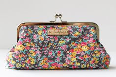 Essential Oils Carrying Case (Blue/Yellow Floral with Silver)