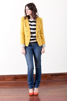 i love the mustard color blazer from bloom, paired with coral pumps and skinny jeans (www.bloomdowntown.com)