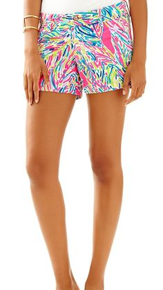 "Lilly Pulitzer 5"" Callahan Short in Palm Reader...the perfect printed shorts"