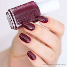 @lacquerstyle is turning heads in her plum 'in the lobby' manicure from the essie fall 2015 collection.