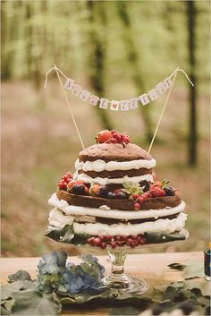 Boho wedding: cute cake-banner