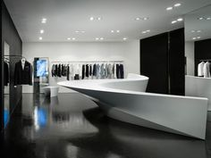 Shop in shop par Zaha Hadid  Zaha Hadid  condivide le più recenti foto del suo negozio nel concetto negozio per il rivenditore di abbigliamento di fascia alta Neil Barrett trova a Seoul e Hong Kong. Il concetto è basato su un progetto unico, coeso, diviso in sedici parti differenti.