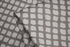 Italian designer platinum/whiteprintedstretch woven cotton/elastane Width: 148cm Pe...