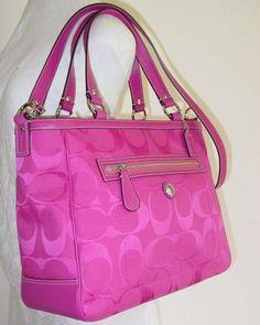 I LOVE THIS BAG!!!!
