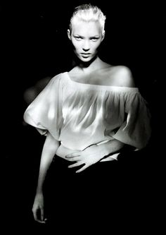 Kate Moss. Photo: Paolo Roversi.