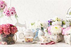 Tootefotod kodulehele Table Decorations, Furniture, Home Decor, Decoration Home, Room Decor, Home Furniture, Interior Design, Home Interiors, Interior Decorating