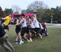 See photos from the 2015 Battle of Bloody Marsh! This Oglethorpe tradition pits students against faculty in an epic tug-of-war battle.