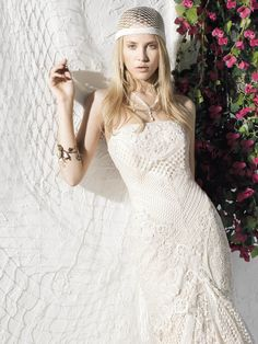 YolanCris   Vestidos de novia ibicencos BOHO GIRL de YolanCris. Ibiza! Novias 2013