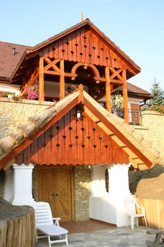 Bezárás Hit, Cabin, House Design, House Styles, Home Decor, Decoration Home, Room Decor, Cabins, Cottage
