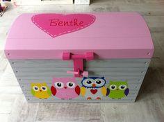 Beschilderde speelgoedkist| Producten | MeisjePatrijsje.nl | Handbeschilderd Houtwerk