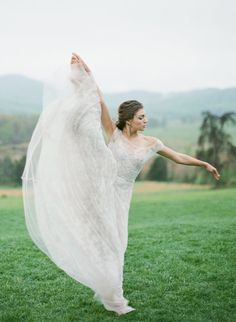Belle Lumier Workshop, Bridal ballet Inspiration -  on @gentandbeauty - click to view more!