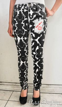 SOLD!!! WET SEAL HOT KISS BLACK WHITE PRINT ART DECO SKINNY JEANS DEMIN SIZE 1 $20.52
