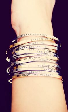 What's YOUR Mantra? – Win $125 worth of prizes from Mantraband! I want the Carpe Diem.