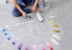 Mangler du en hjælpende hånd til at sammensætte farver i din indretning, så de giver en harmonisk, men ikke kedelig helhed, så læs med her.