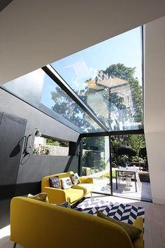 Glass Roof Design Ideas, Pictures, Remodel and Decor Orangerie Extension, Extension Veranda, Glass Extension, Porch Extension, Rear Extension, Pergola With Roof, Pergola Shade, Patio Roof, Pergola Kits