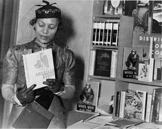 She's one of the most influential figures in American letters and a hero of the Harlem Renaissance. Now, Zora Neale Hurston fans have a new slate of stories to dig into from the renowned scholar and writer. Zora Neale Hurston, Tough Woman, Hair Icon, Famous Books, Harlem Renaissance, Badass Women, Fierce Women, African American History, American Women