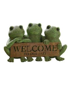 'Welcome To Our Pad' Frog Sign [11'' W x 4.25'' H x 5.25'' D] Cement / Metal $24.99