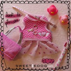 Look de princesse <3 Harnais chien Little Angel flirt Pinkaholic <3 Collier chien Baby Bow <3 Laisse chien Dreamy Pinkaholic <3 Jouet chien Fending Bag <3 www.sweetiedog.com