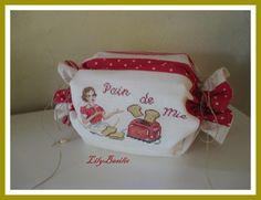 Sac a pain de mie Broderie point de croix des brodeuses Parisiennes créa Lilybasilic sur Ebay
