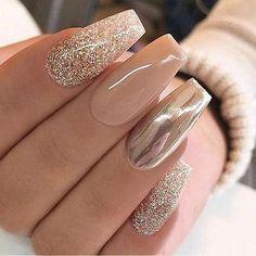 new years nails acrylic * new years nails . new years nails acrylic . new years nails gel . new years nails glitter . new years nails dip powder . new years nails design . new years nails short . new years nails coffin Crome Nails, Nails Polish, Gold Polish, New Year's Nails, Nice Nails, Fancy Nails, Simple Nails, Gold Sparkle Nails, Classy Nails