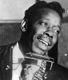 """El flaco de la armónica. Slim Harpo fue el gran estilista del llamado """"blues del pantano"""""""