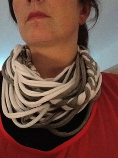 T-shirt scarf diy