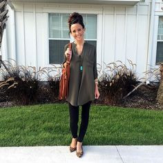 Khaki Oversized Blouse # & Things Trends Of Summer Apparel Oversized Blouse Khaki Blouse Must-Have Blouse 2015 Blouse Where To Get Blouse How To Style Fall Outfits For Work, Casual Fall Outfits, Fall Winter Outfits, Autumn Winter Fashion, Winter Style, Summer Outfits, Outfits Otoño, Fashion Outfits, Office Outfits