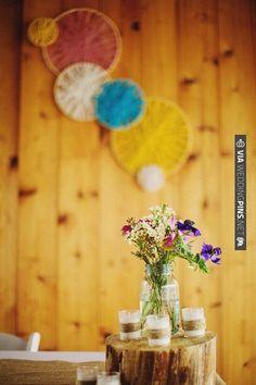 diy embroidery hoop and yarn wall decor | VIA #WEDDINGPINS.NET