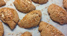 Εύκολα τυροπιτάκια με φαρίνα ολικής άλεσης - Eatbetter Cookies, Chocolate, Desserts, Food, Crack Crackers, Postres, Biscuits, Deserts, Hoods