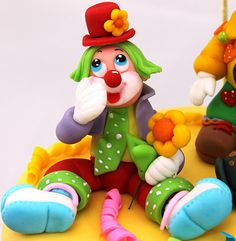 *SORRY, no information as to product used, FOREIGN ~ viorica's cakes: Tort botez Petrecere cu clowni
