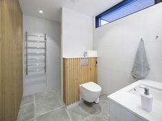 Galleria_etusivun_stack — Plushuvilat Toilet, Home, Bathrooms, Houses, Bakken, Flush Toilet, Bathroom, Ad Home, Full Bath