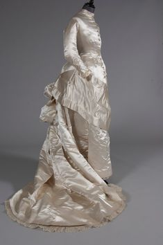 Wedding dress    Victorian   1870's  Fripperies and Fobs