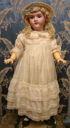 "MUSEUM QUALITY 32"" Heinrich Handwerck 109 In Fabulous Antique Doll in from kathylibratysantiques on Ruby Lane"