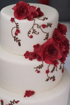 Rose Vines Wedding Cake